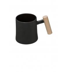 Tasse noire avec anse en bois